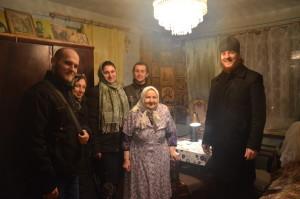 В Івано-Франківську молодь вже почала вітати стареньких парафіян з Днем святого Миколая