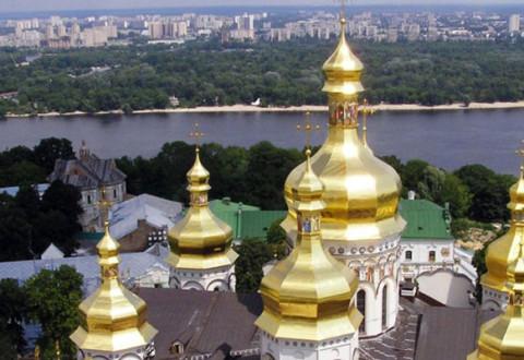 З нагоди Дня незалежності України в усіх храмах Івано-Франківської єпархії відбудуться молебні