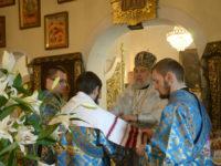 У день Покрову Пресвятої Богородиці єпископ Тихон очолив Божественну літургію у Спасо-Преображенському храмі