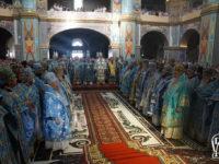Єпископ Тихон співслужив Блаженнішому Митрополиту Онуфрію за богослужінням у Свято-Успенській Почаївській Лаврі