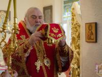 У день Воздвиження Хреста Господнього єпископ Тихон очолив богослужіння у Спасо-Преображенському храмі (ФОТО)