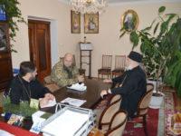 Єпископ Тихон передав допомогу військовим