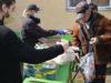 Відділ благодійності та соціального служіння єпархії роздавав маски та їжу безпритульним і нужденним