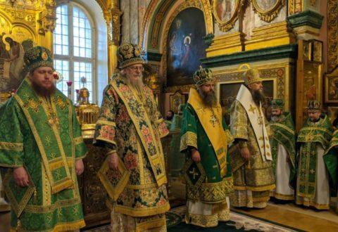 У день пам'яті преподобного Іова архієпископ Серафим взяв участь у святковому богослужінні в Почаївській Лаврі