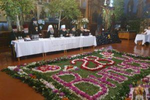 Архієпископ Серафим взяв участь у 28 -му випуску Почаївської духовної семінарії