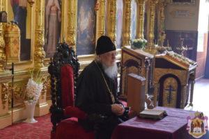митрополит Серафим провів заняття Недільної школи для дорослих